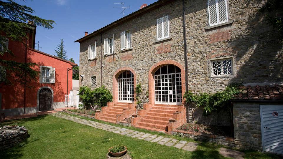 Villa Cassia di Baccano - Edit_Front.jpg