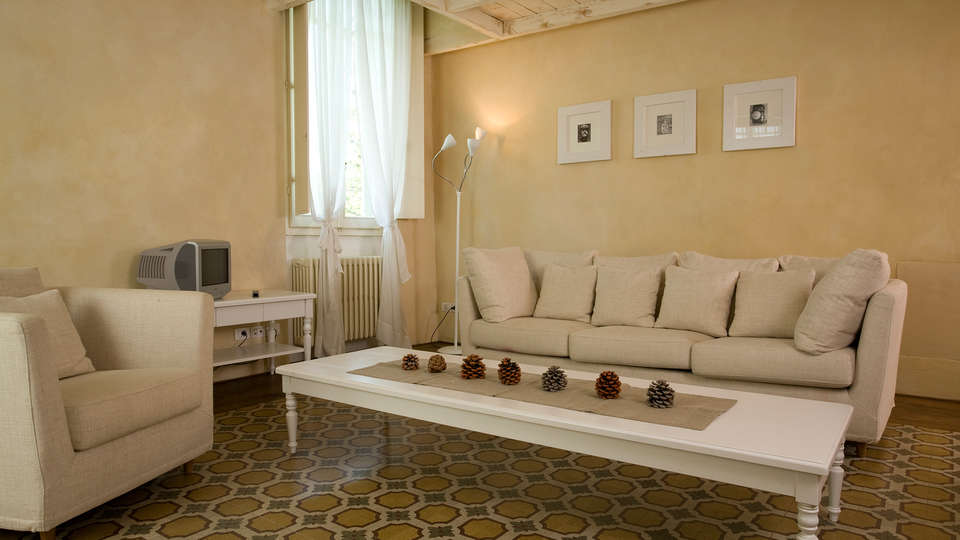 Villa Cassia di Baccano - Edit_Lounge3.jpg