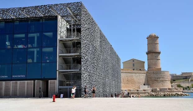 Billet pour le Mucem et séjour 4* à Marseille
