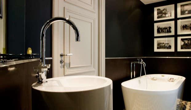 Hotel Le Grand Balcon - bath