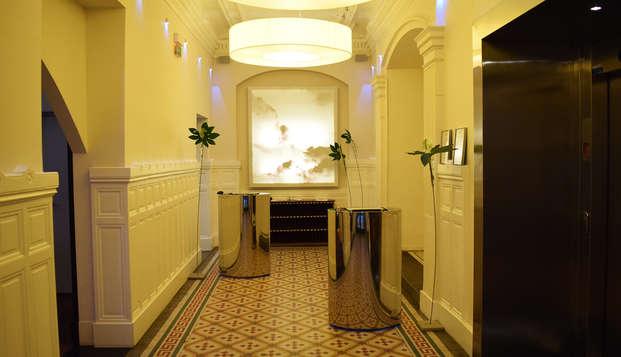 Hotel Le Grand Balcon - hall