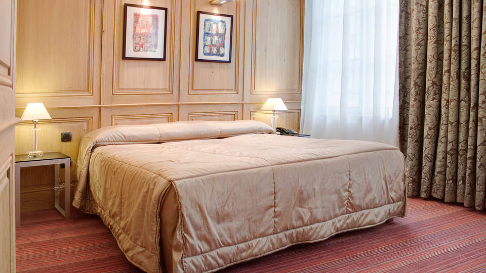 Spa-Hôtel de Bourgtheroulde - EDIT_room3.jpg