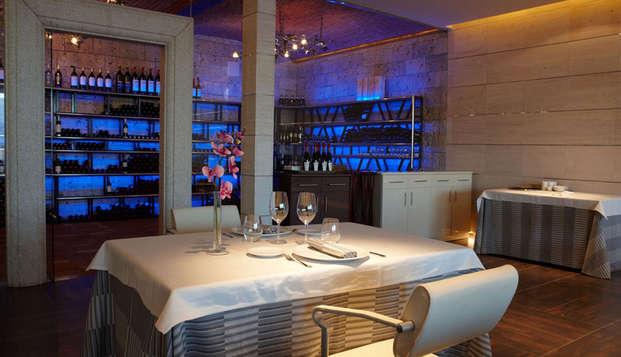 Escapada con cena en Bungalow Suite en el Parque regional del Sureste de Madrid (desde 2 noches)