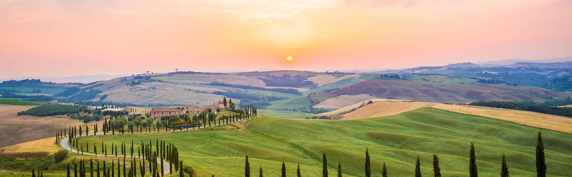 Découvrez le charme des collines toscanes avec verre de bienvenue