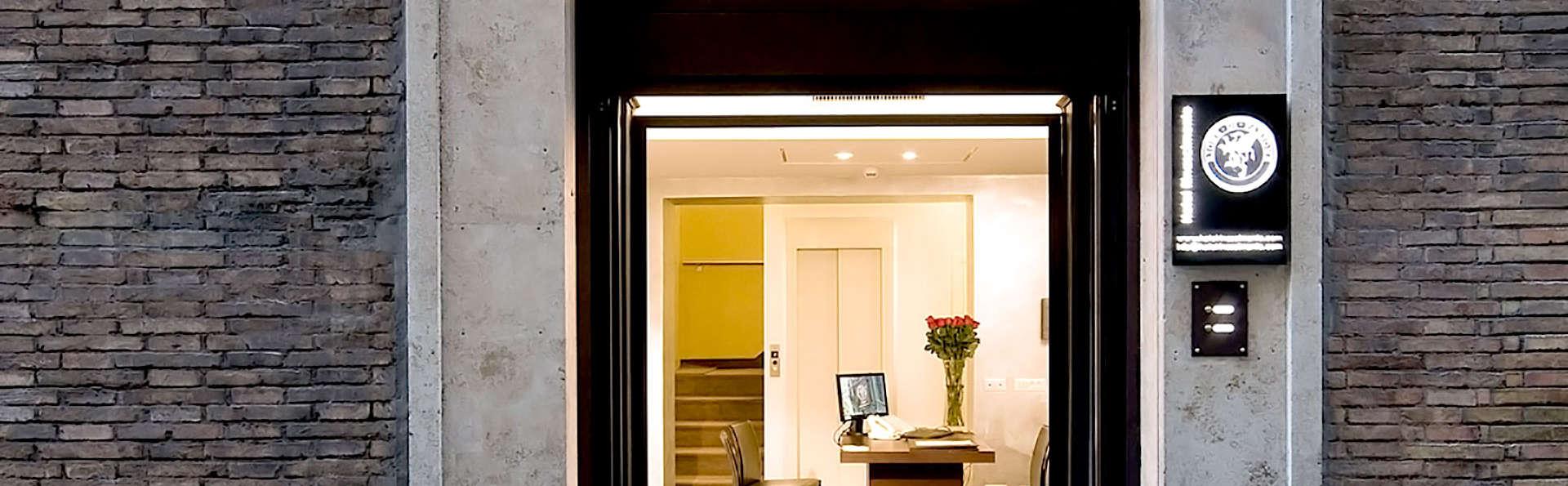 Hotel Rinascimento - Edit_Front.jpg