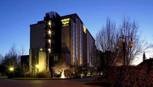 Séjournez dans un hôtel moderne 4 étoiles supérieur surplombant le lagon vénitien