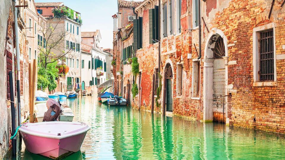 Antony Hotel - Edit_Venecia.jpg