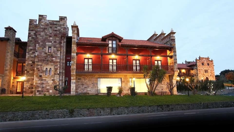 Complejo San Marcos Hotel & Spa - EDIT_fachada.jpg