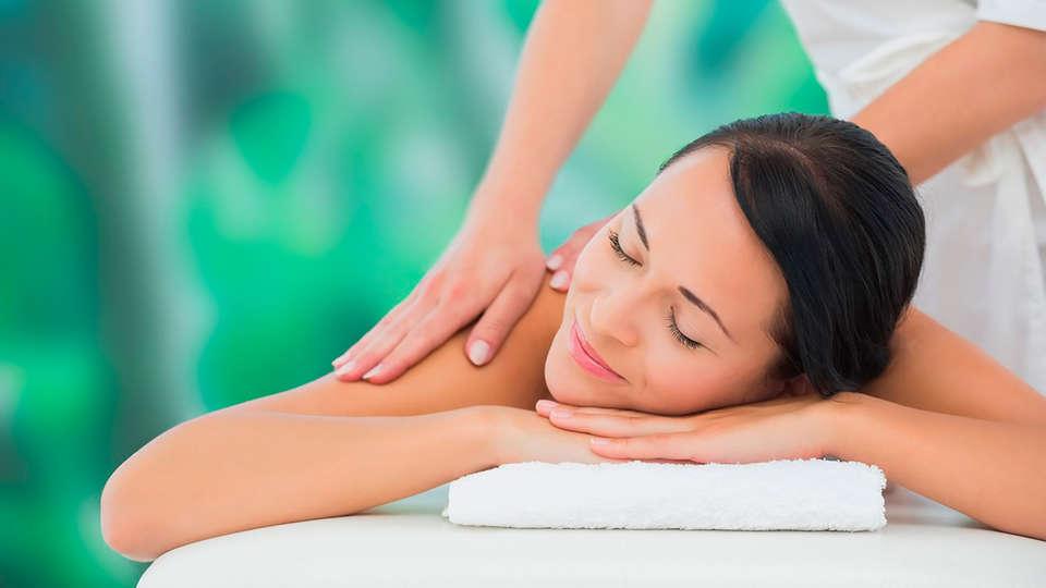 Complejo San Marcos Hotel & Spa - EDIT_massage.jpg
