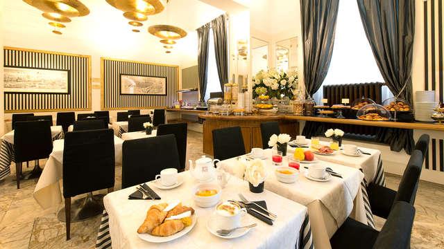 Hotel De La Pace
