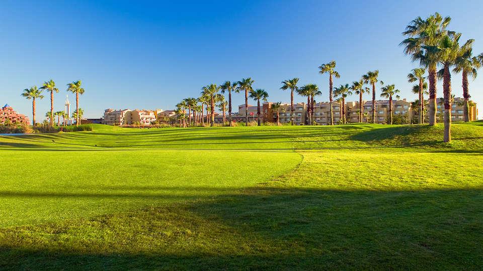 Elba Costa Ballena & Thalasso Resort - EDIT_golf4.jpg