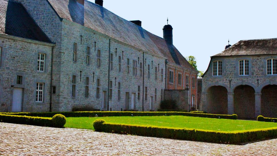 Domaine du Château de Modave - EDIT_exterior2.jpg