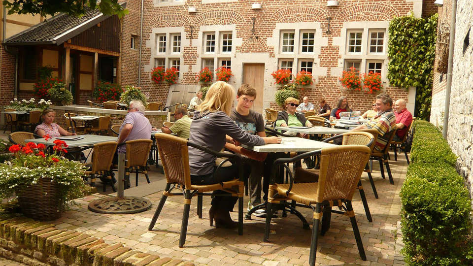 Hotel Blanckthys Voeren - edit_terrace3.jpg