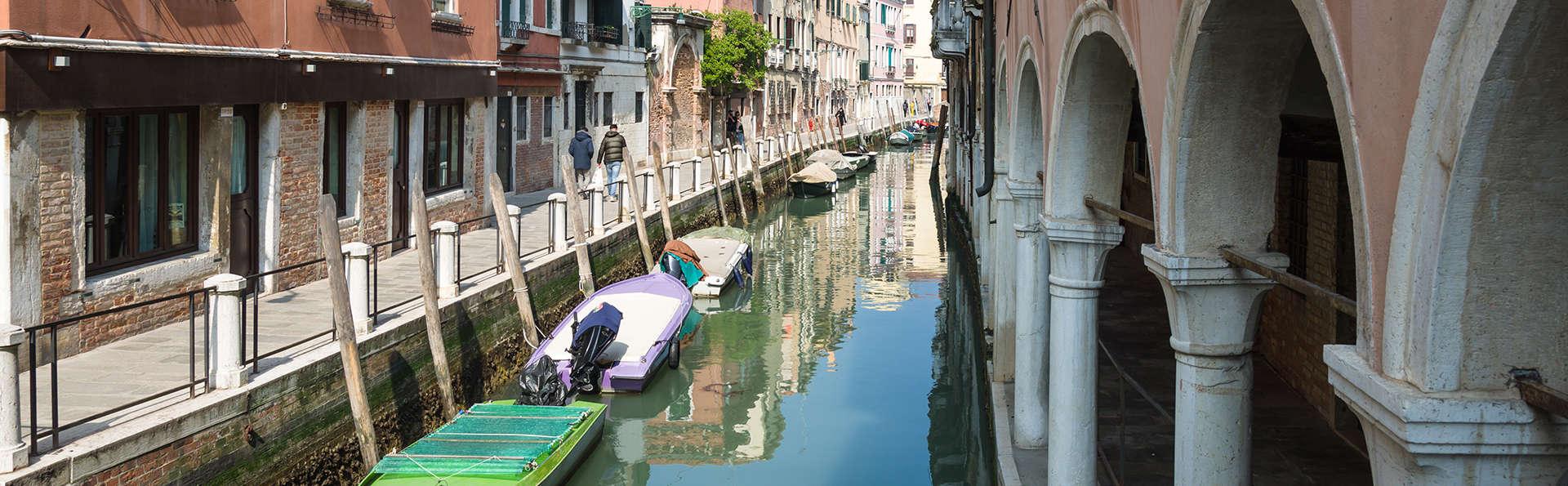 Antony Palace Hotel - Edit_Venecia2.jpg