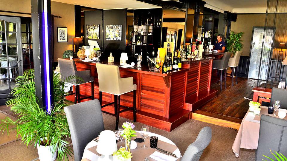 Hostellerie du Country Club - Edit_Restaurant.jpg