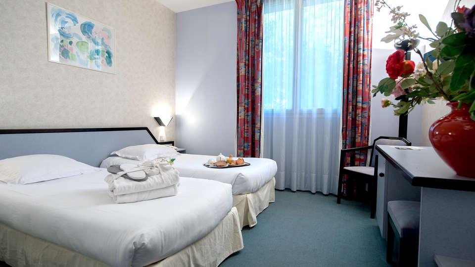 Hôtel Radiana - Edit_Room2.jpg