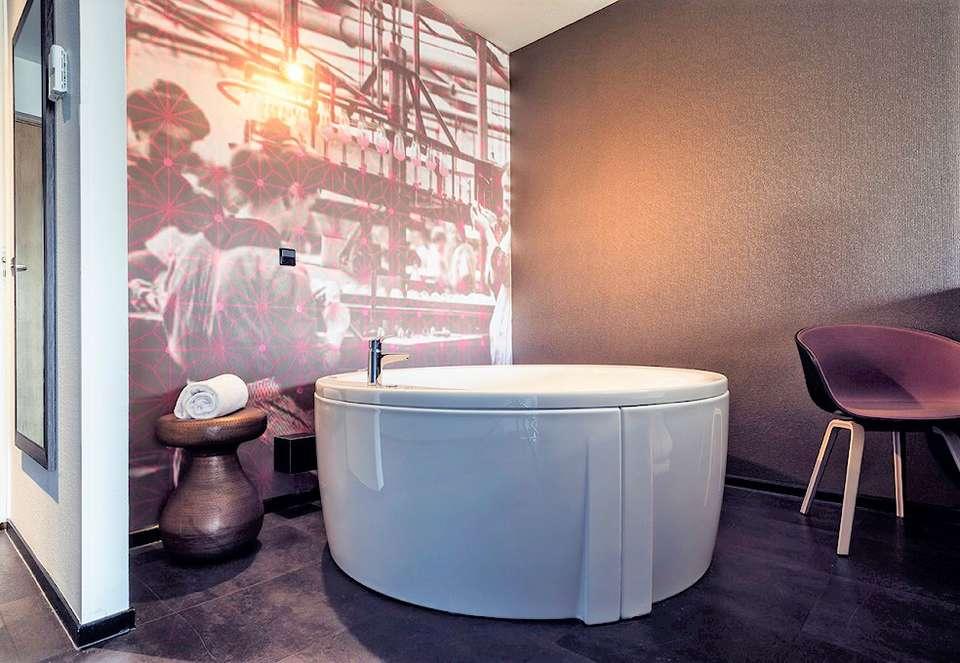 Inntel Hotels Art Eindhoven - Inntel_Arthotel_Art_Jacuzzi_1__2_.jpg