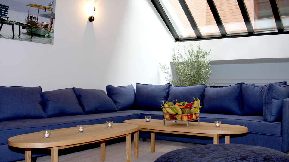 Eden Hotel Antwerp - Edit_Lounge.jpg