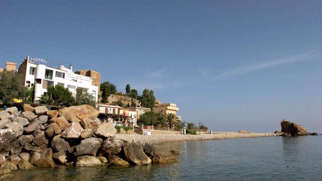 Vacaciones en un hotel museo junto al mar en Castel di Tusa