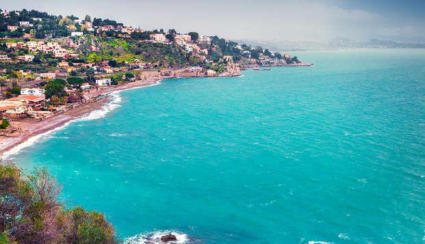 Vacances dans un hôtel-musée en bord de mer à Castel di Tusa