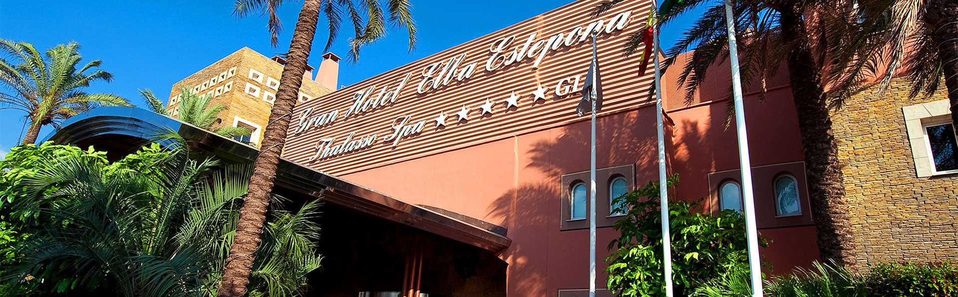 Elba Estepona Gran Hotel & Thalasso Spa - EDIT_entrada.jpg