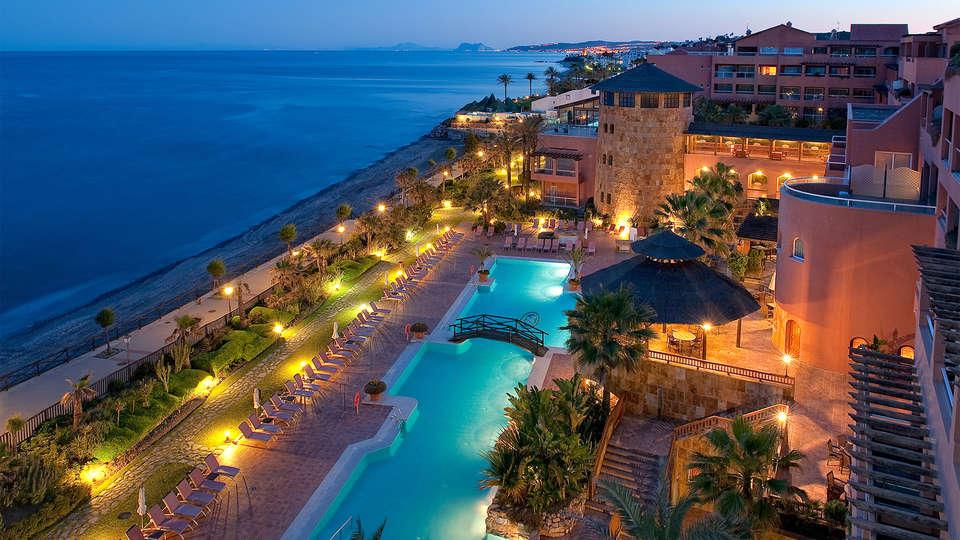 Elba Estepona Gran Hotel & Thalasso Spa - EDIT_piscina2.jpg