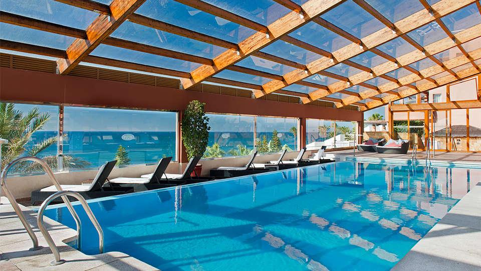 Elba Estepona Gran Hotel & Thalasso Spa - EDIT_piscina10.jpg