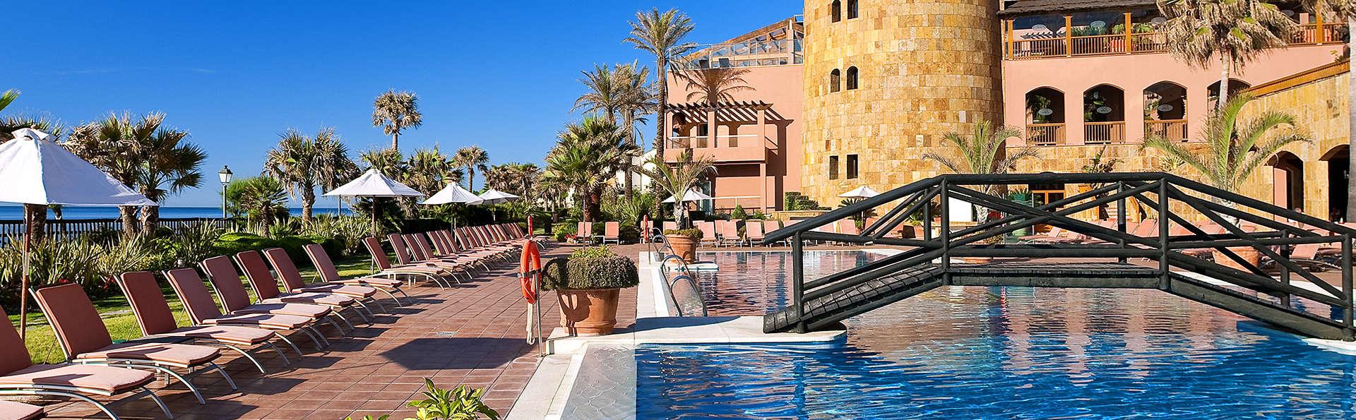 Elba Estepona Gran Hotel & Thalasso Spa - EDIT_piscina11.jpg