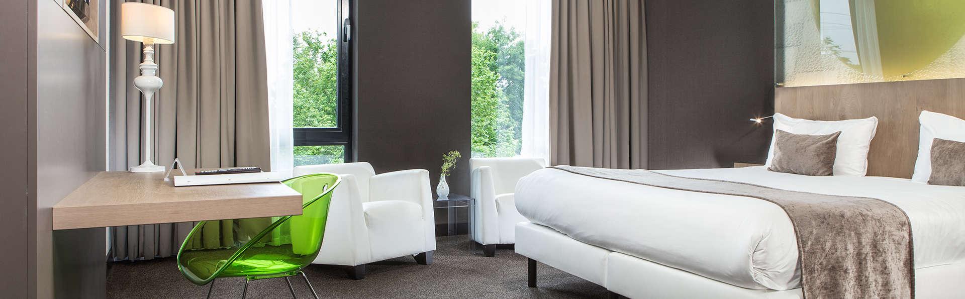 Van der Valk Hotel Breukelen - EDIT_deluxeroom.jpg