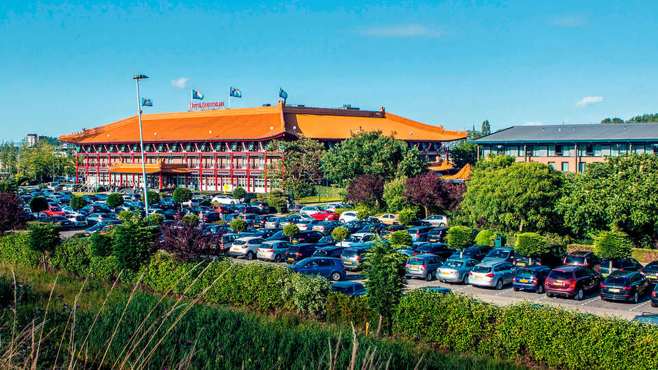 Van der Valk Hotel Breukelen - EDIT_front2.jpg