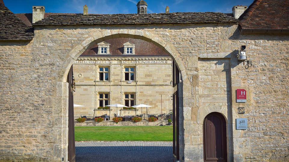 Hôtel Golf Château de Chailly - edit_entrance.jpg