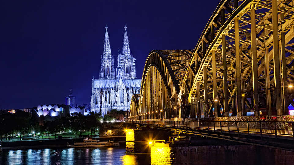 Dorint An der Messe Köln (Cologne / Keulen) - EDIT_destination1.jpg