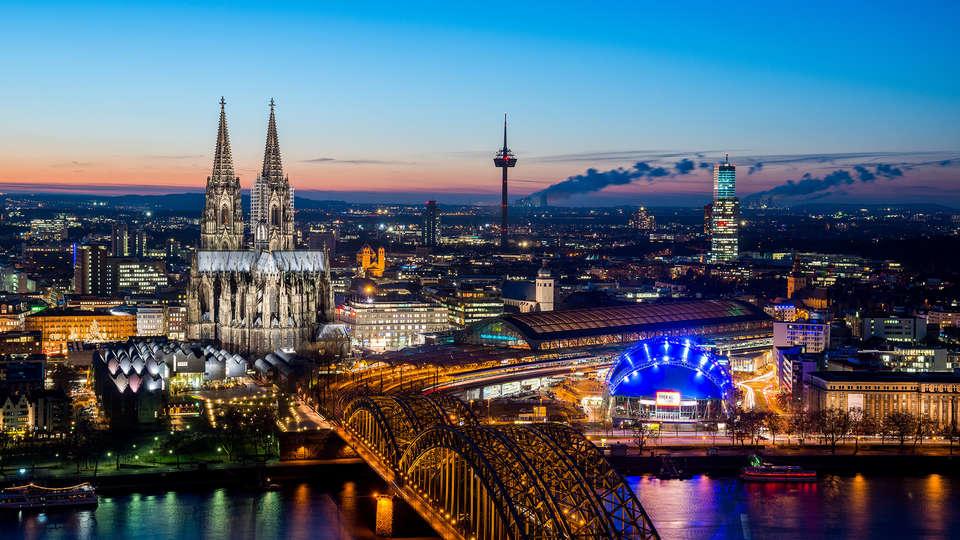 Dorint An der Messe Köln (Cologne / Keulen) - EDIT_destination2.jpg
