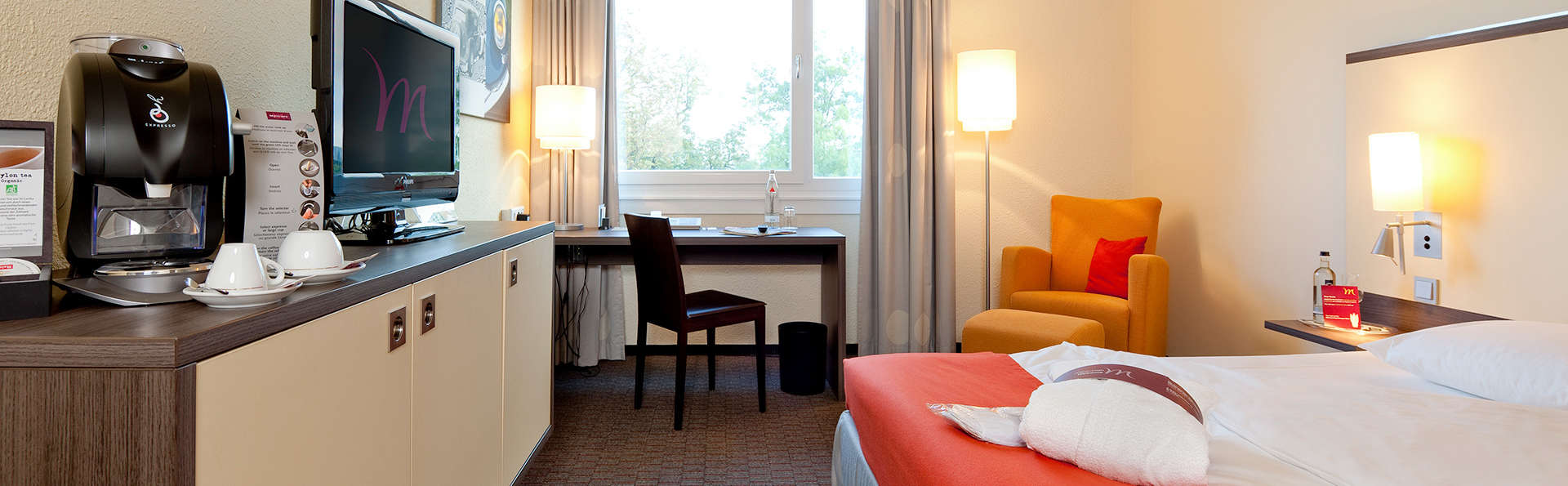 Mercure Hotel Köln West (Cologne / Keulen) - EDIT_room2.jpg