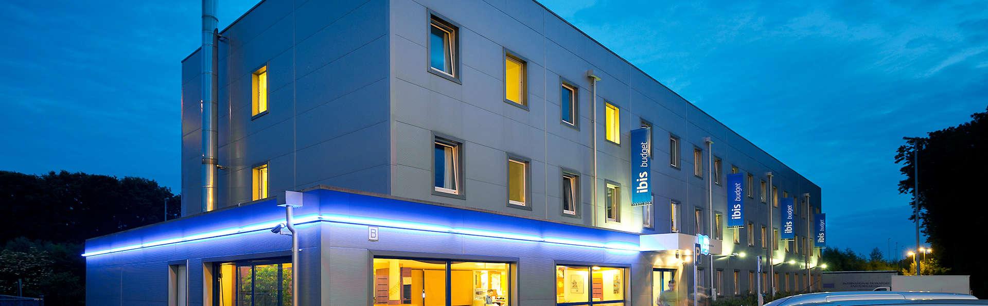 Hotel ibis budget Aachen Raeren Grenze - Edit_Front2.jpg
