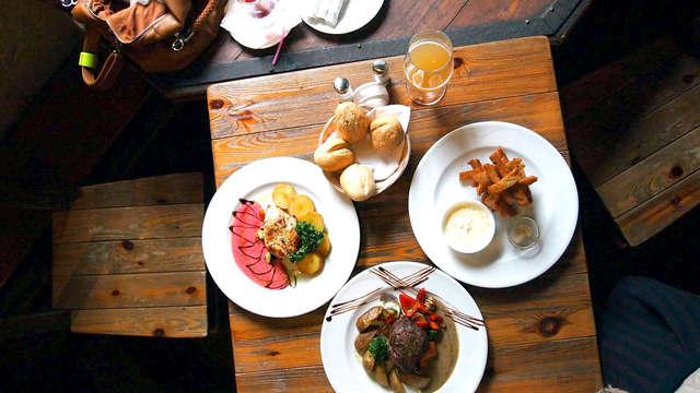 Escapada con cena gastronómica y visita a bodega en puerto de santa María