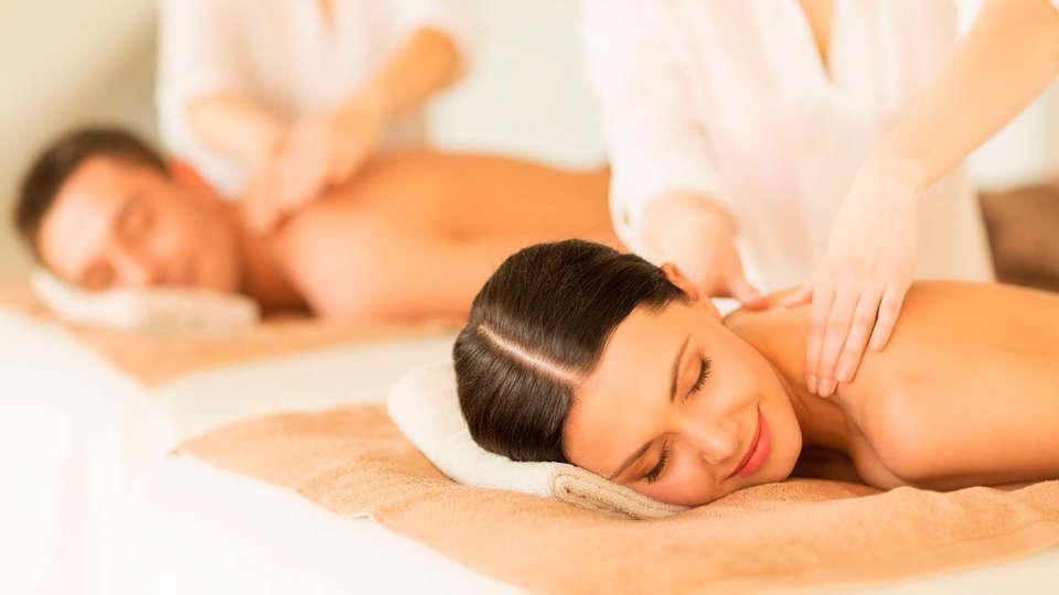 Hotel Spa Villa Pasiega - EDIT_massage.jpg