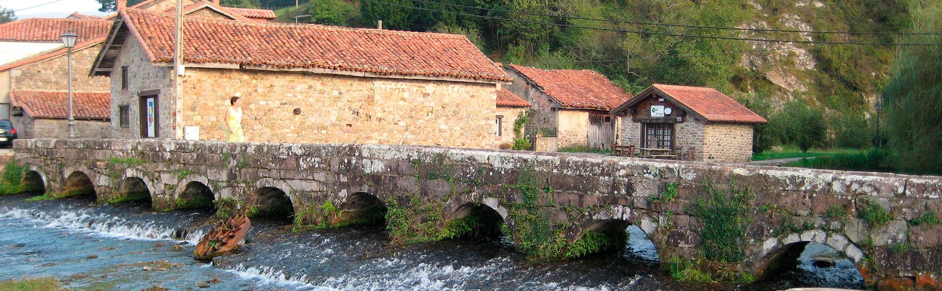 Hotel Valle de Cabezón - edit_puente.jpg