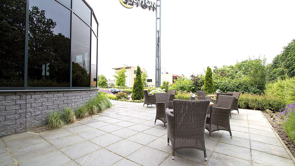 Bastion Hotel Roosendaal - Edit_Terrace2.jpg