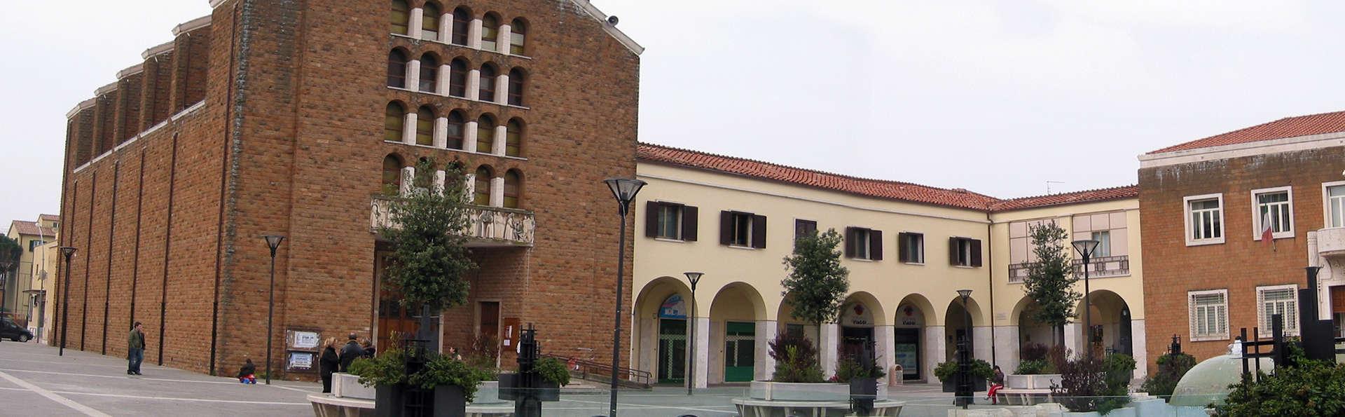 Hotel Antonella - Edit_Pomezia.jpg