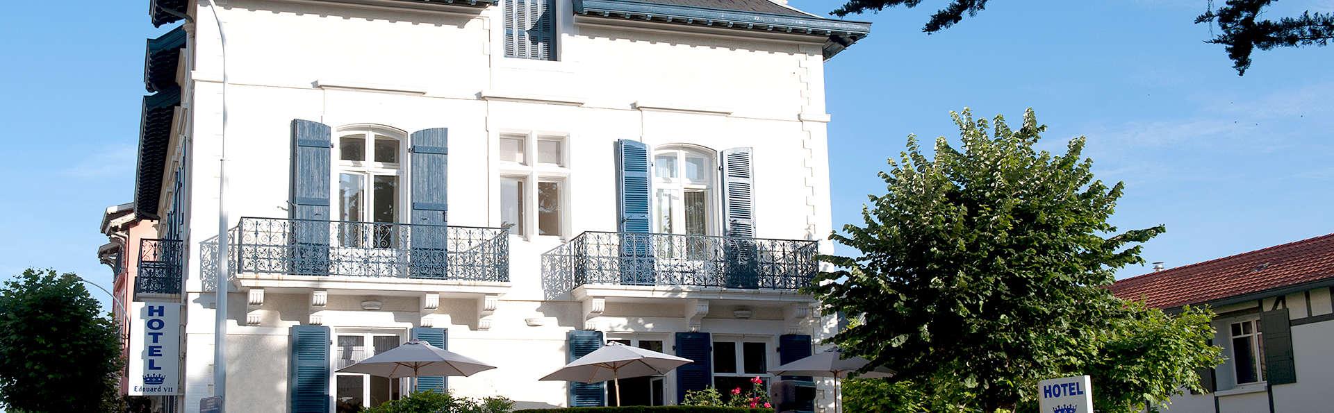 Hôtel Edouard VII Biarritz - Edit_Front.jpg