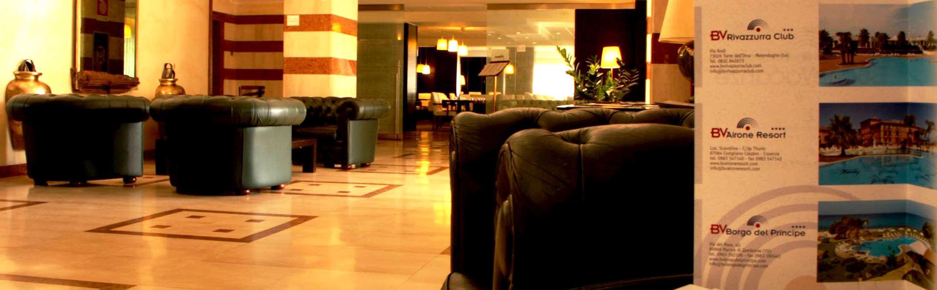 Oly Hotel - Edit_Lounge.jpg