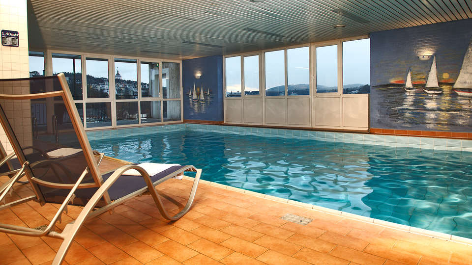 H+ Hotel Siegen - edit_wellness_pool2.jpg