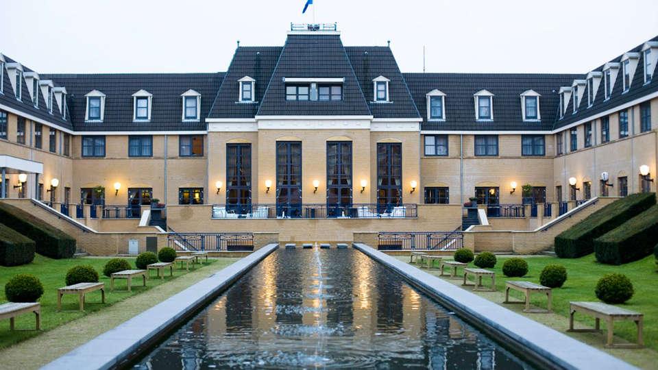 Hotel de Heerlickheijd van Ermelo - EDIT_front.jpg