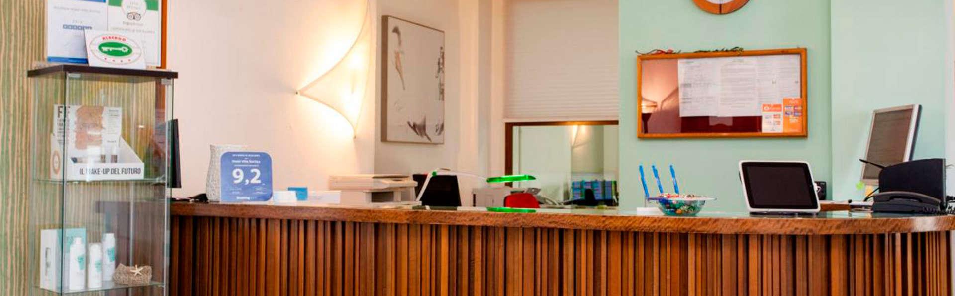 Hotel Villa Sorriso - Edit_reception2.jpg