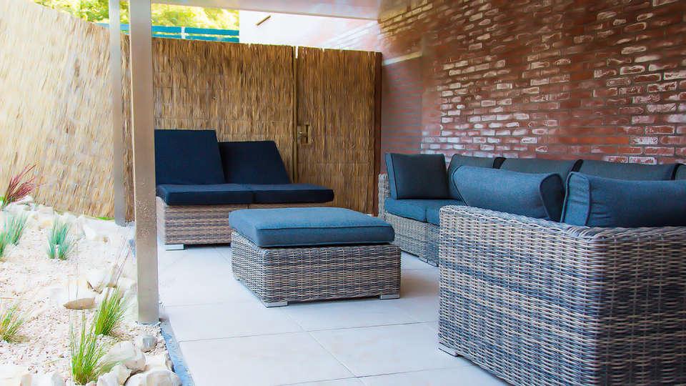Hotel 't Wapen van Marion - EDIT_patio2.jpg