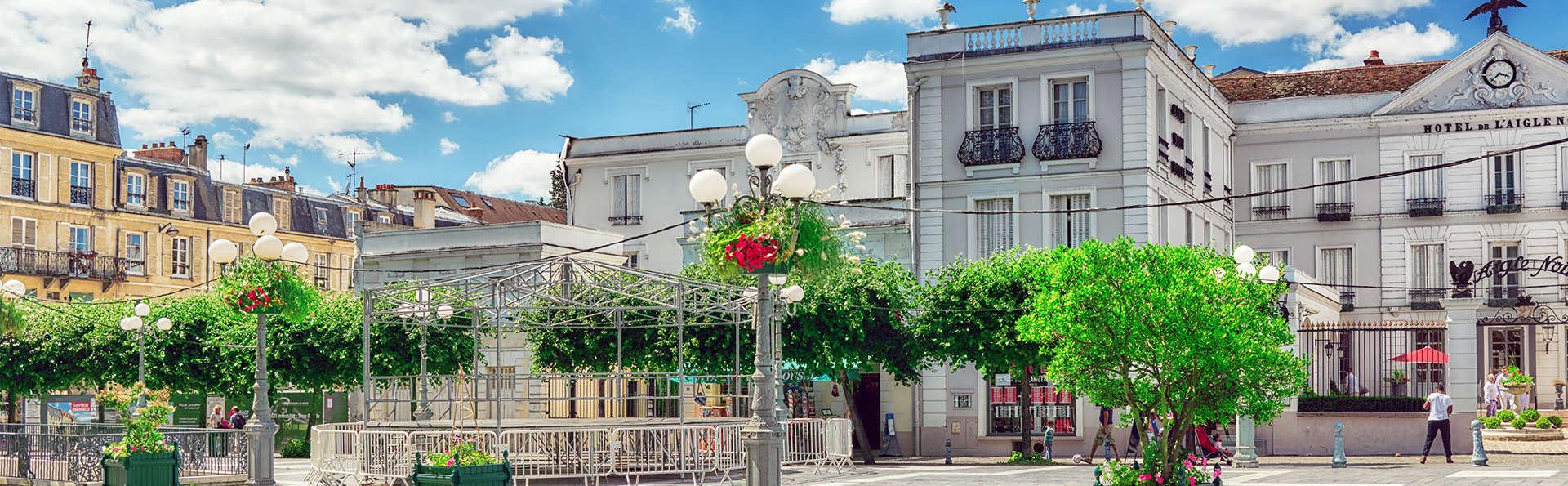 L'Aigle Noir Hôtel - Edit_Front3.jpg