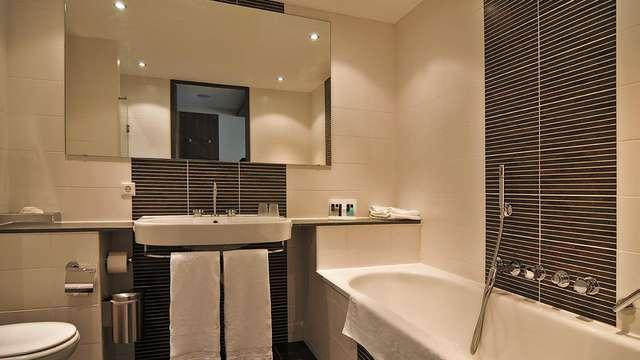 Van der Valk Hotel Ridderkerk - bath