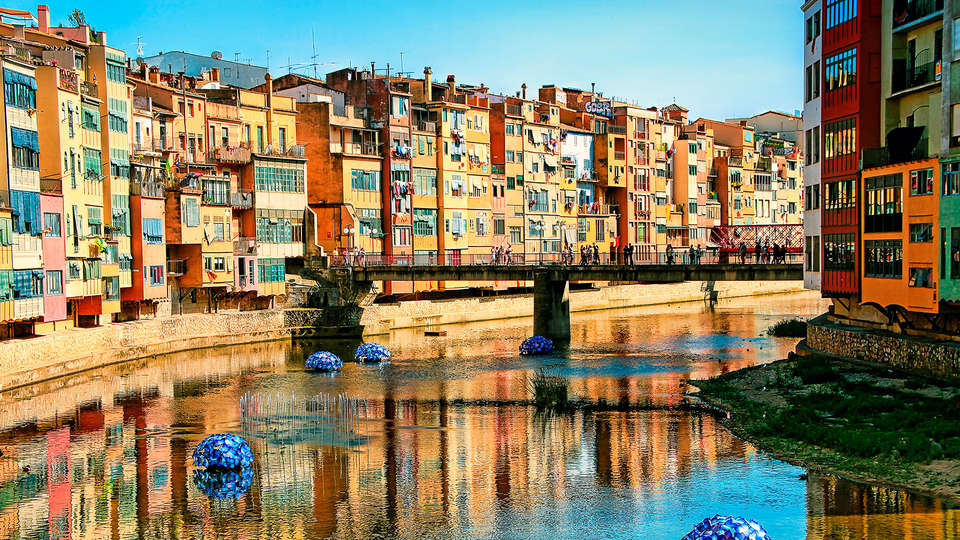 Hotel Palau de Bellavista Girona by URH - edit_girona.jpg