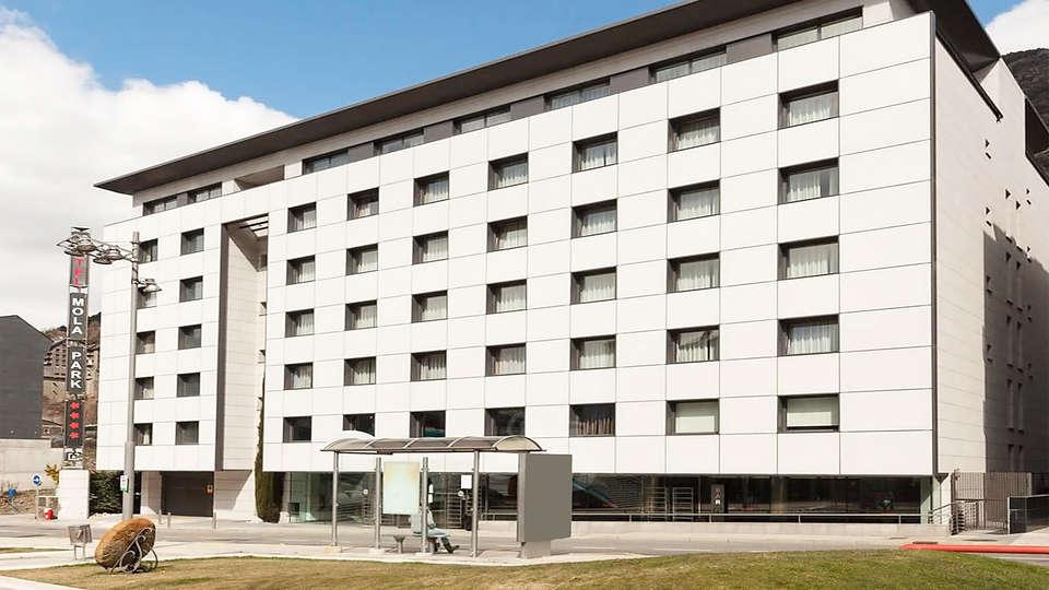 Mola Park Atiram - EDIT_facade.jpg